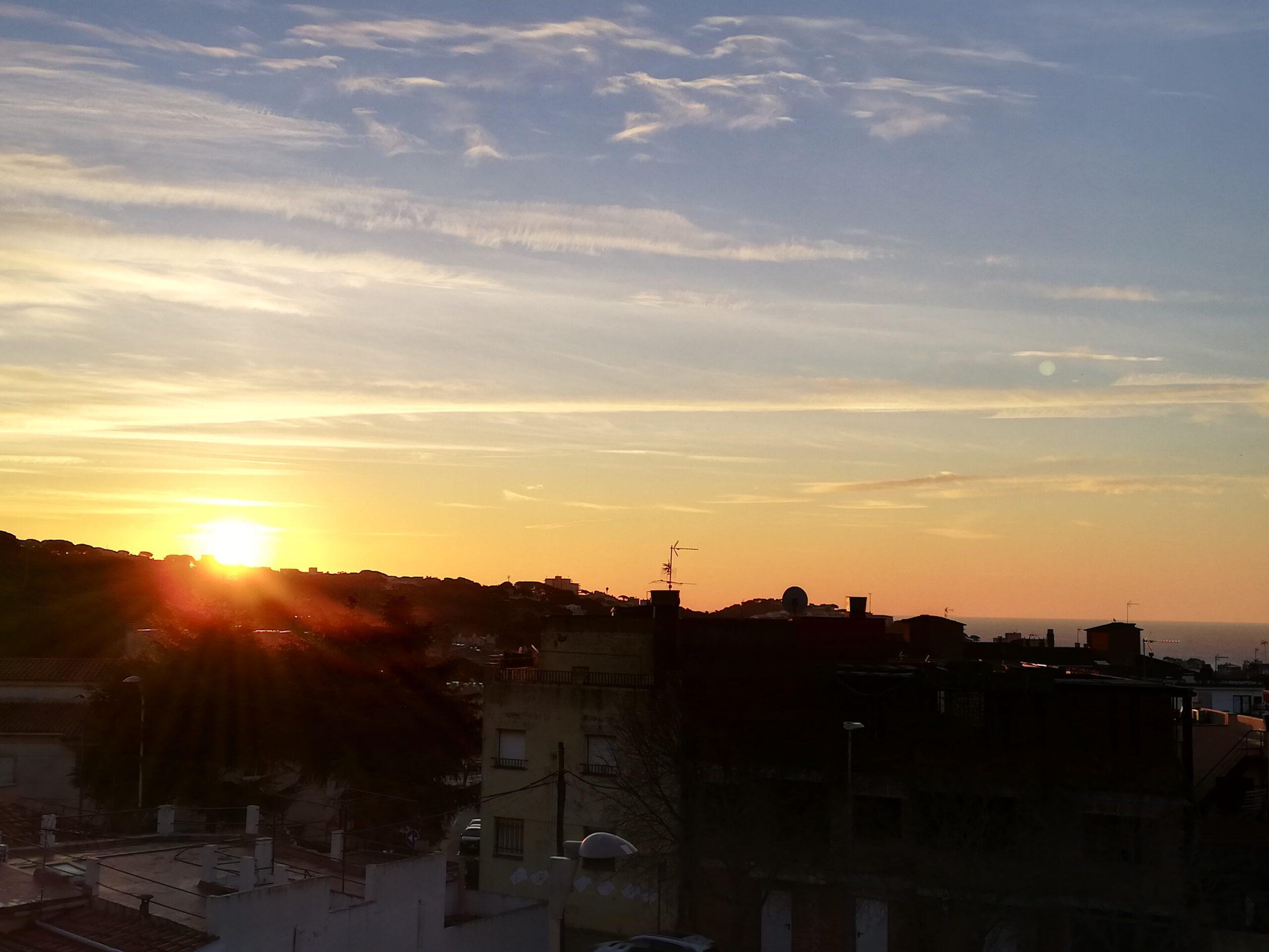 Sonnenaufgang vom Balkon